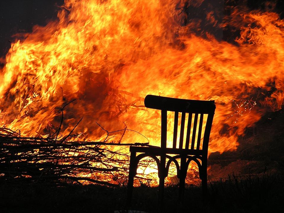 fire-175966_960_720